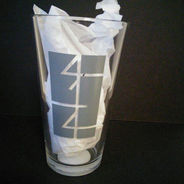 414 Pint Glass Grey