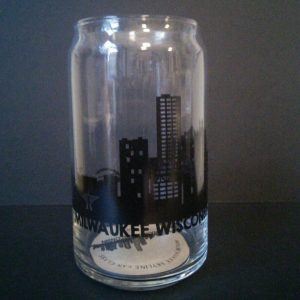 Milwaukee Skyline Can Glass