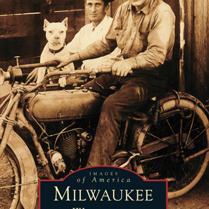 Milwaukee, Wisconsin Paperback Book