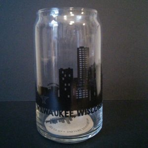 Milwaukee Skyline Can Glass